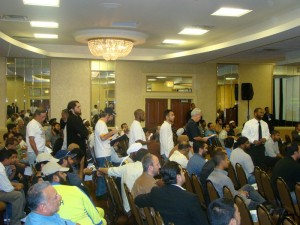 R.E.A.L.'s Jeffrey Imm Waiting to Query Hizb ut-Tahrir Leaders at Conference