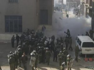Tear Gas Used Against Egyptian Copt Protesters on January 7 - ( AlMasryAlYoum.com -Photographer: ابراهيم زايد)