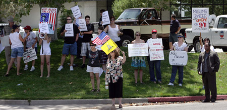 Temecula, California Anti-Mosque Protesters (Photo: Press-Enterprise, Terry Pierson)