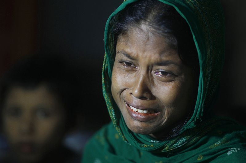Myanmar: Rohingya Muslims Persecuted, Killed, Flee
